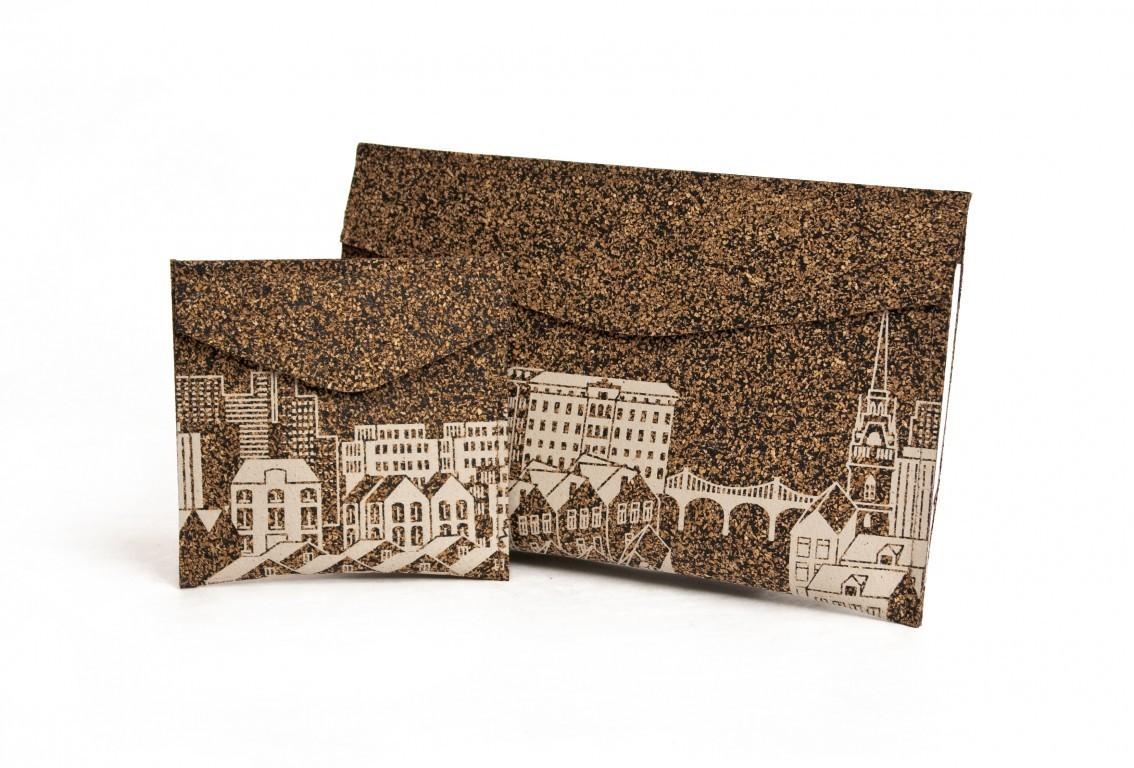 envelope.both.brown